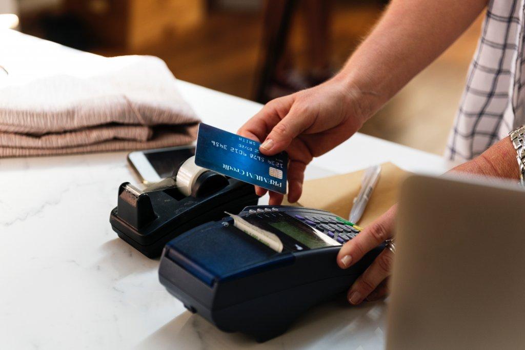 転職前 クレジットカード 作ったほうがいい 理由
