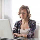 ベンチャー企業 サービス残業 評価 不平等