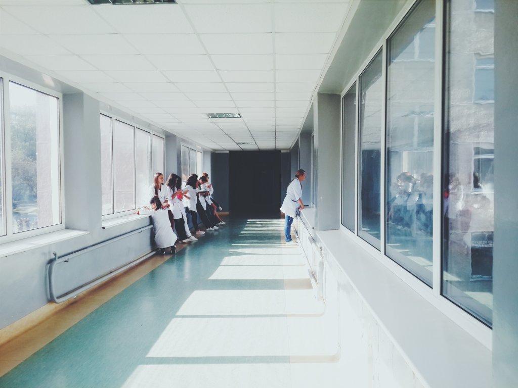 マイナビ看護師 高収入 病院 転職
