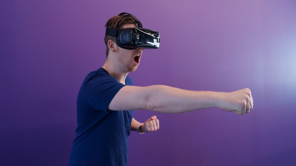 VR AR MR 転職