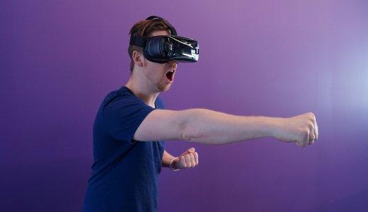 VR・AR・MR業界が熱い。異業種から会社を辞めて転職する方法